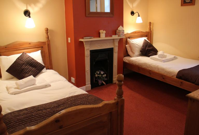 Railway Hotel, Faversham - Room 6