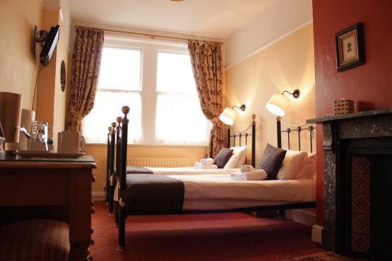Railway Hotel, Faversham - Room 2